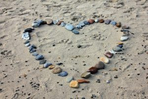 uzkalbejimai, uzkalbejimas, meiles uzkalbejimas, uzkalbejimai meilei, meile, meilei, uzkalbeti, uzkalbejimo. uzkalbejimo ritualai, ritualai